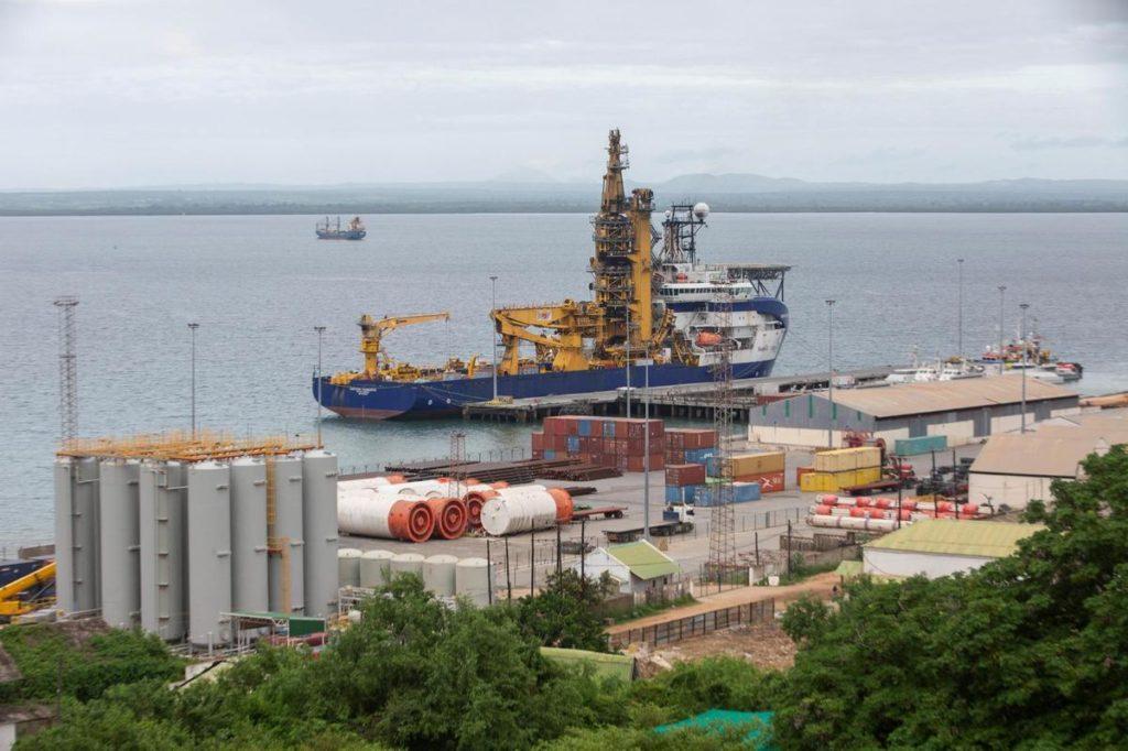 Mozambique : Total suspend des contrats avec des sociétés liées à son projet  de site gazier – MAGAZINE24